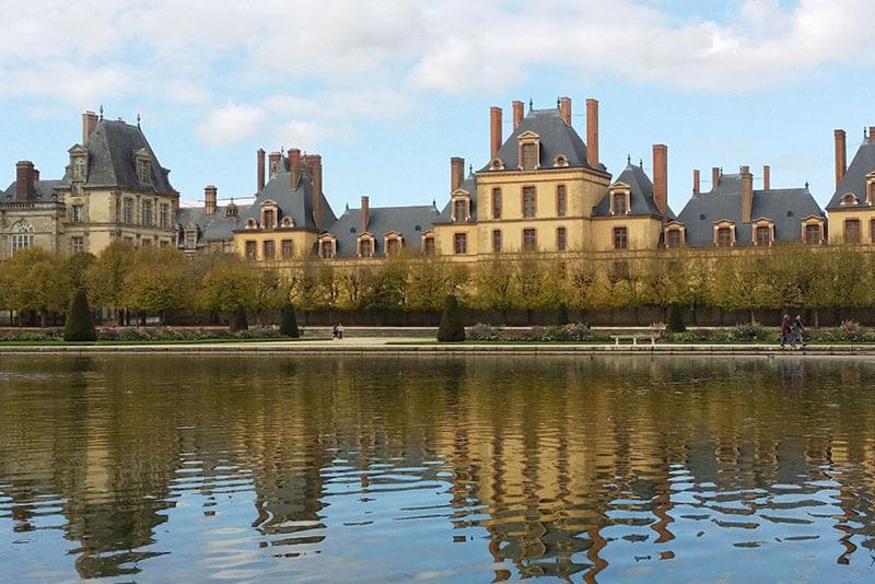 Fontainebleau-visit-guide-tour