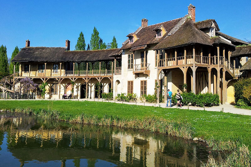 Marie-Antoinette-hamlet-Versailles-private-guided-tour-by-DriverGuideFrance