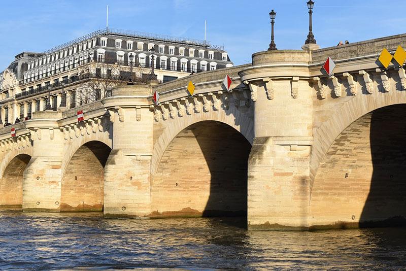 Pont Neuf Paris private tours Paris by Driver Guide France
