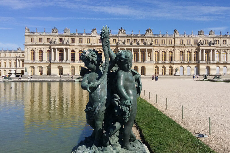 Versaille Castle private tours Paris by Driver Guide France