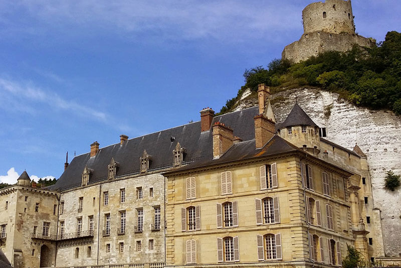 Castle-La-Roche-Guyon-marvels-of-the-Seine-Valley-by-private-guided-tours-from-Paris-DriverGuideFrance-2