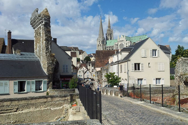 Cathedral-Chartres-DriverGuidefrance