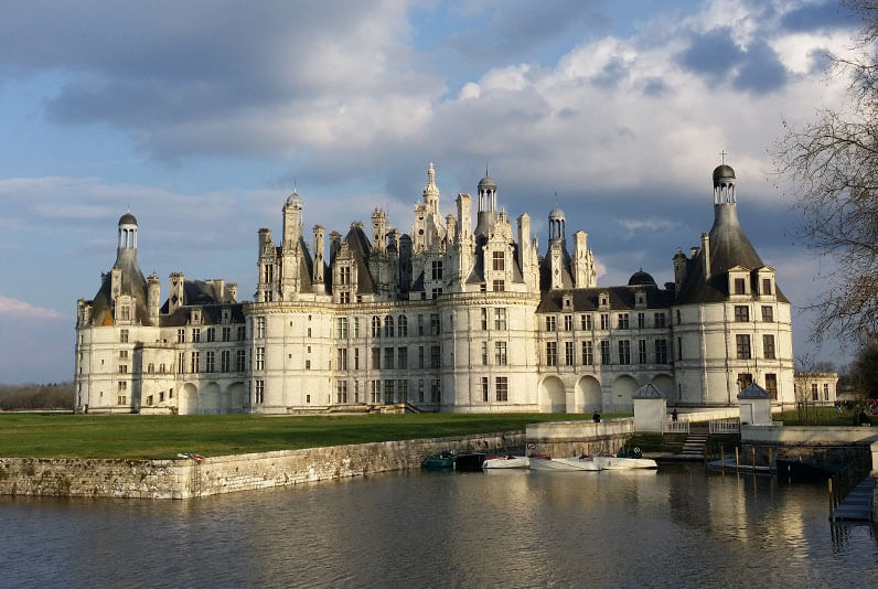 Chambord-Private-Guided-Tours-by-Driver-Guide-France-Tours-from-Paris-to-Loire-river-valley