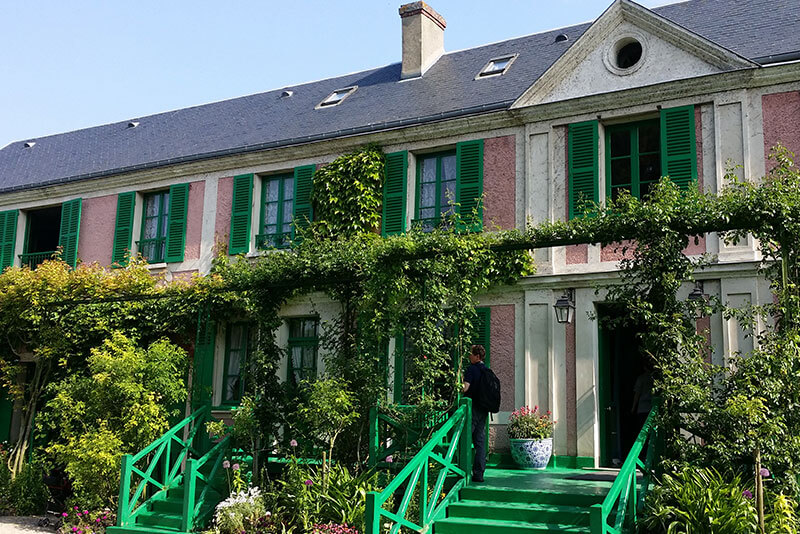 Giverny-private-guided-tours-by-car-from-paris-by-driver-guide-france