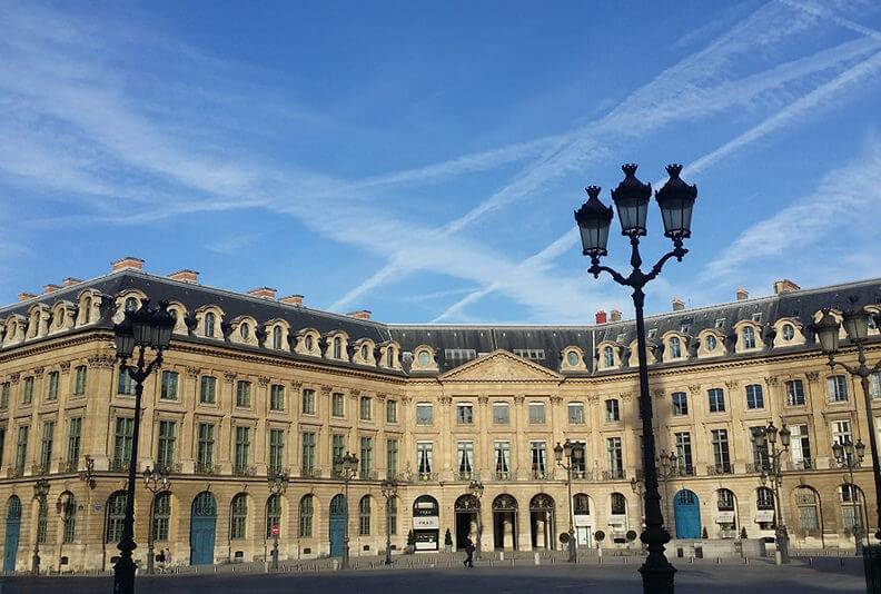 Paris_Private-guided-tours-by-car-by-driver_guide_france