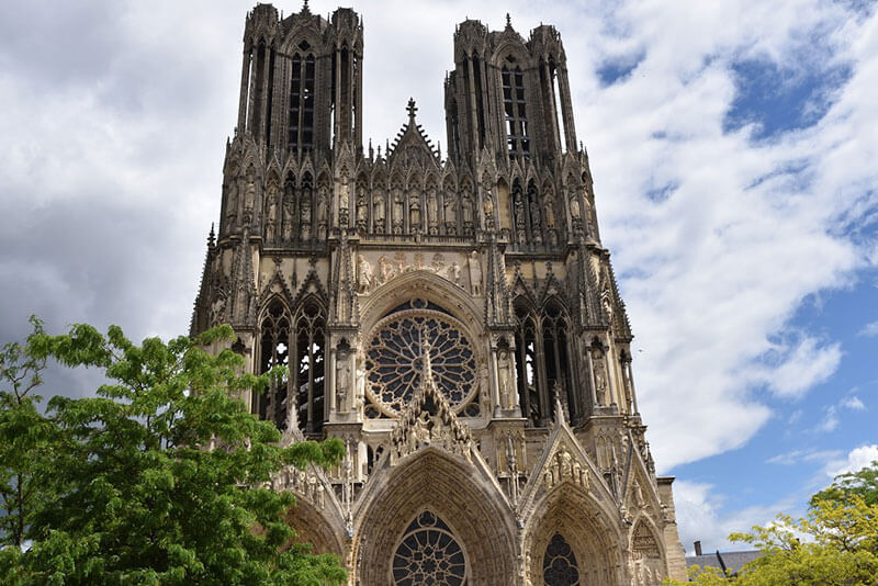 Reims-Cathedral--photo-by-by-Christophe-Burtaire-Official-Ttour-Guide-Paris-private-guided-tours-by-private-car--from-Paris-to-Champagne-region